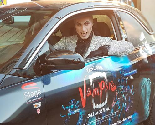 Opel Adam Tanz der Vampire Graf Dracula